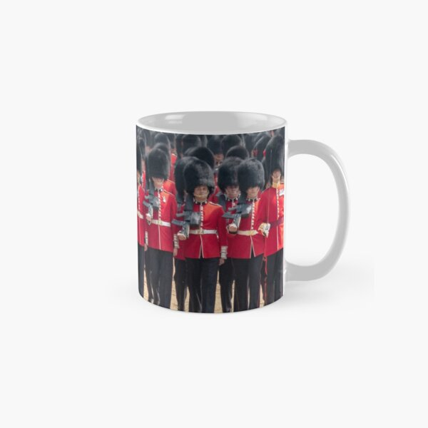 Royal guards in red and black uniform with bearskin hats, London Classic Mug