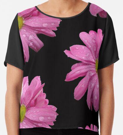 wunderschöne, pinke Blüte mit Regentropfen, pink, Sommer Chiffontop für Frauen