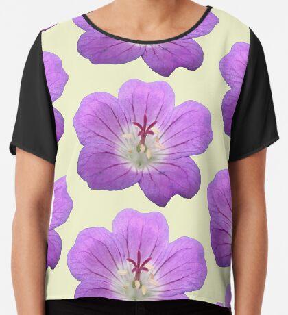 eine wunderschöne Blume in violett, lila, Sommer Chiffontop