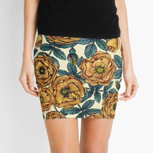 Golden-Yellow Roses - Vintage-Inspired Floral/Botanical Pattern Mini Skirt