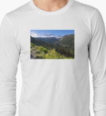 Scenic view of Mt Rainier in National Park WA State on a sunny day Long Sleeve T-Shirt