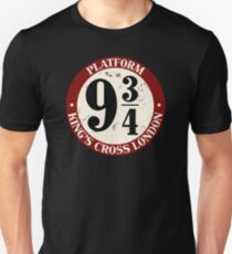 Platform 9¾ Distressed Variant Unisex T-Shirt