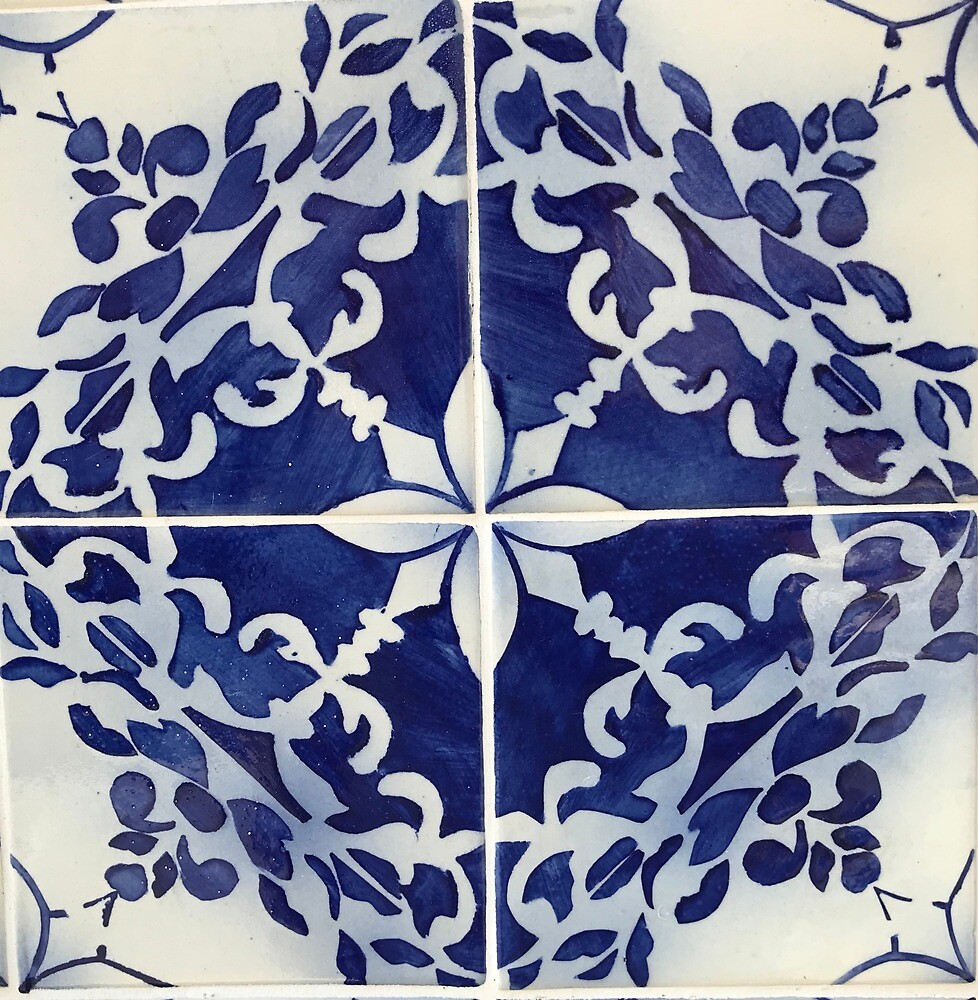 Handpaint tile by Juto
