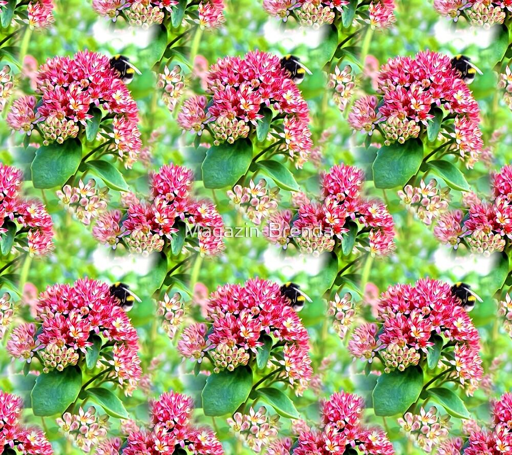 Furry bumblebee by Magazin-Brenda