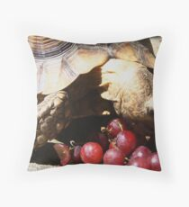 Everybody loves grapes  Throw Pillow