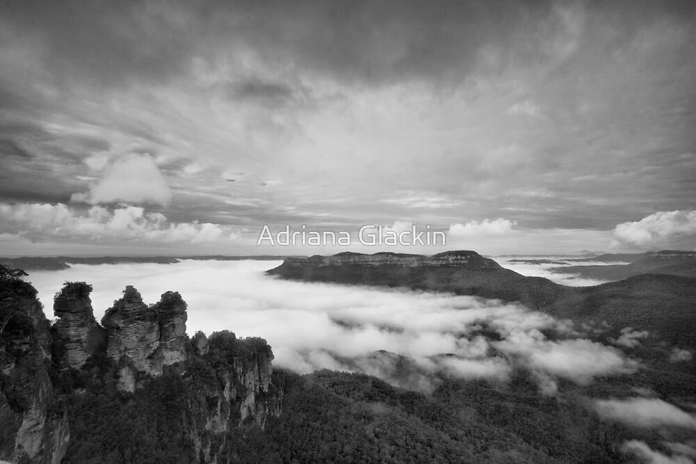 The Three Sisters, Katoomba by Adriana Glackin