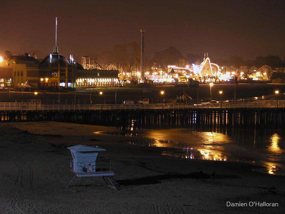 Santa Cruz beach by Damien O'Halloran