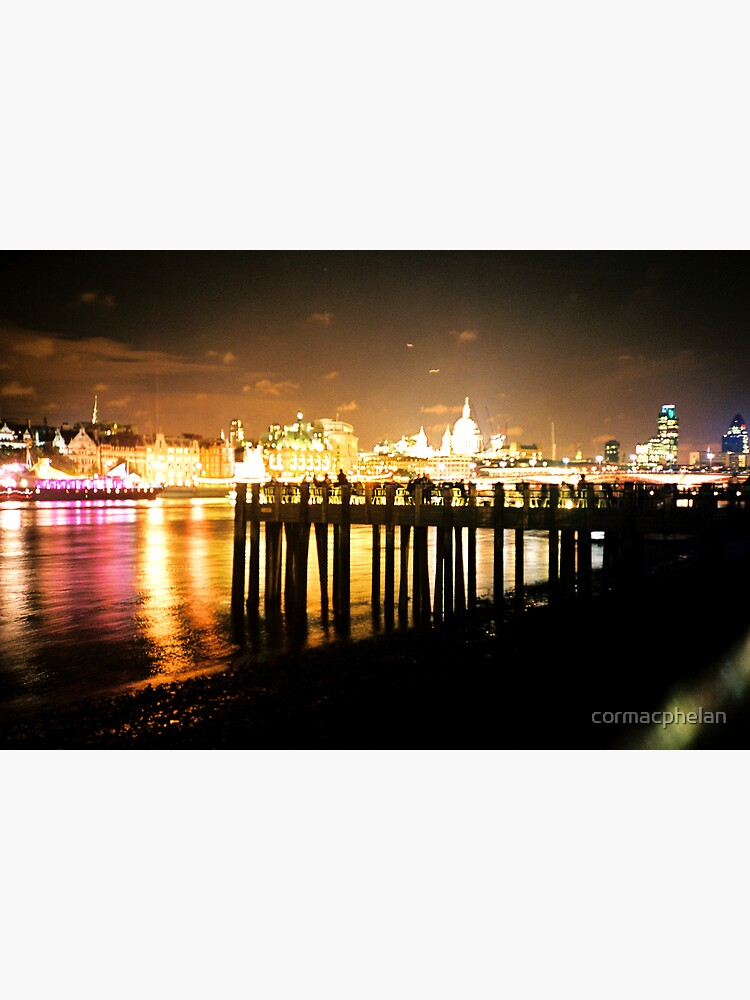 Southbank By Night by cormacphelan