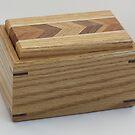 Keepsake Box No. 154 by Robert's Woodworking Studio