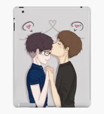 phan forehead kisses  iPad Case/Skin