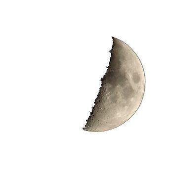 Moon by xaxuokxenx