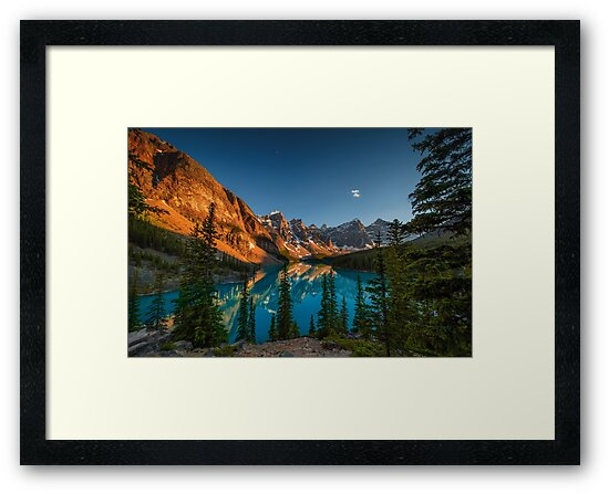 Moraine Lake - Canada by Greg Earl