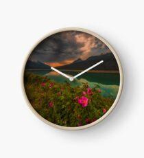 Medicine Lake - Canada Clock