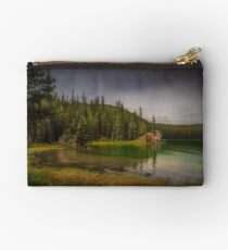 Maligne Lake - Canada Zipper Pouch