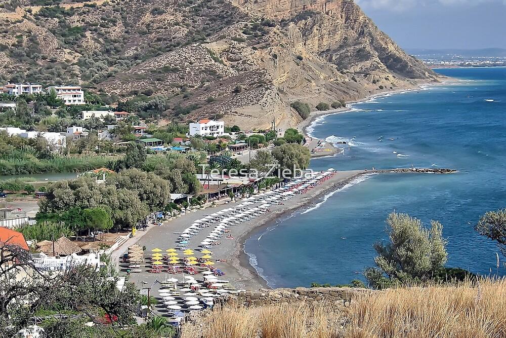 Agia Galini Beach by Teresa Zieba