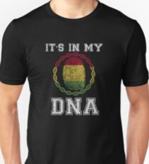 Bolivia Its In My Dna Gift For Bolivian From Bolivia - DNA Strand and Thumbprint With Bolivia Flag Unisex T-Shirt