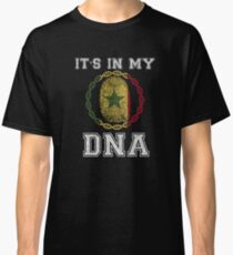 Senegal Its In My Dna Gift For Senegalese From Senegal - DNA Strand and Thumbprint With Senegal Flag Classic T-Shirt
