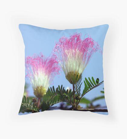 Shuttlecock flower Throw Pillow