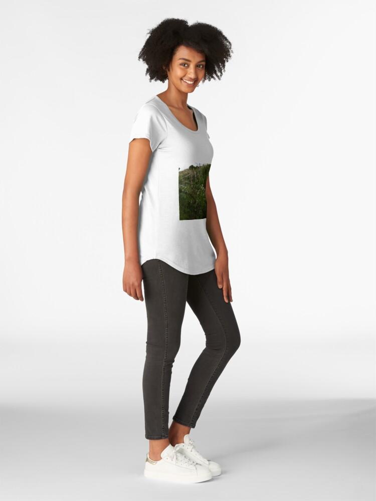 Alternate view of Cleavers (Galium aparine) Premium Scoop T-Shirt