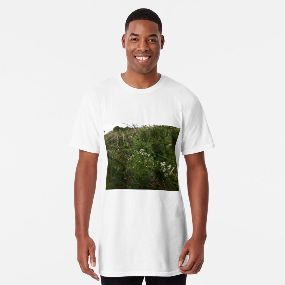 Cleavers (Galium aparine) Long T-Shirt