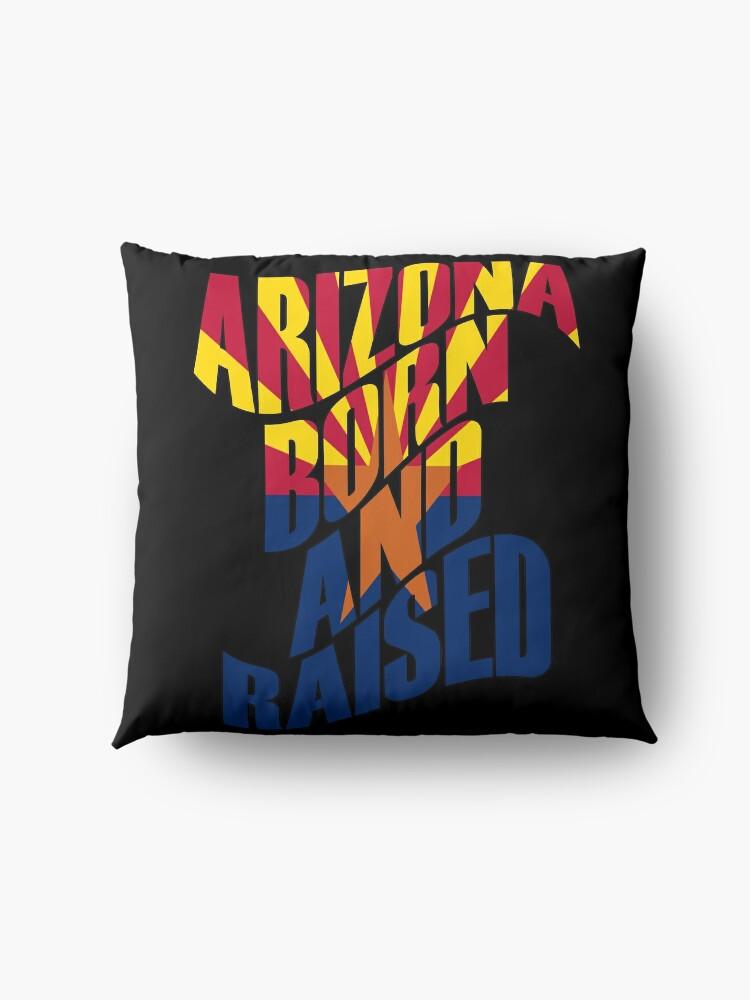 Alternative Ansicht von Arizona geboren und aufgewachsen Bodenkissen