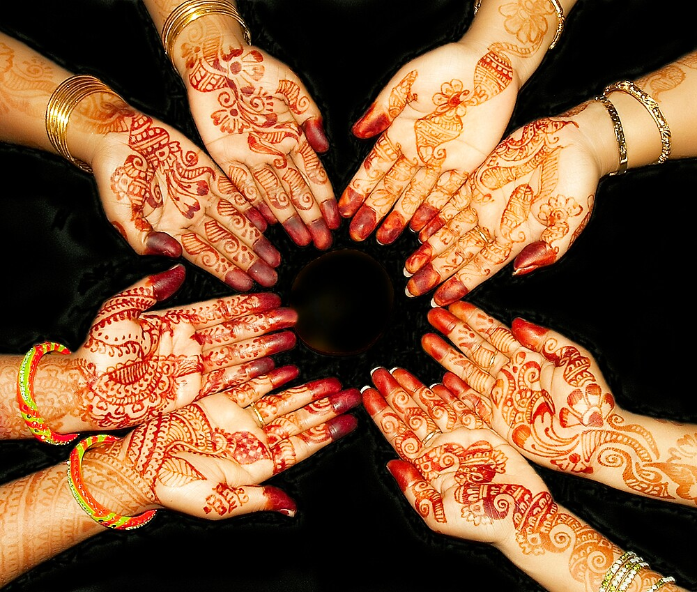The Art Of Henna Body Painting  by Mukesh Srivastava