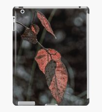 Grungy Leaves iPad Case/Skin