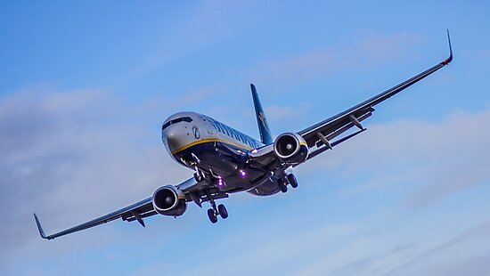 Ryanair coming in to land by Paul Madden