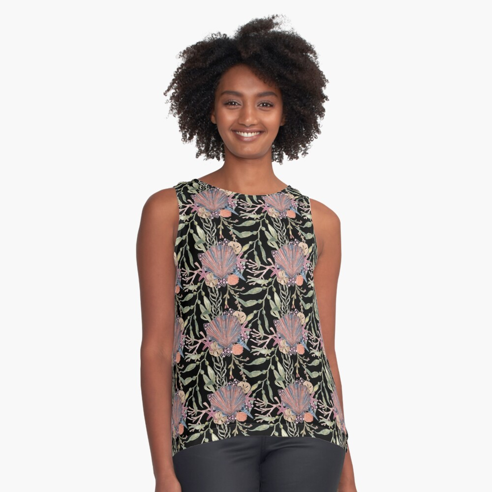 Scallop shell repeat on black Contrast Tank Front