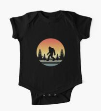 Retro Bigfoot Silhouette Sun Believe! One Piece - Short Sleeve
