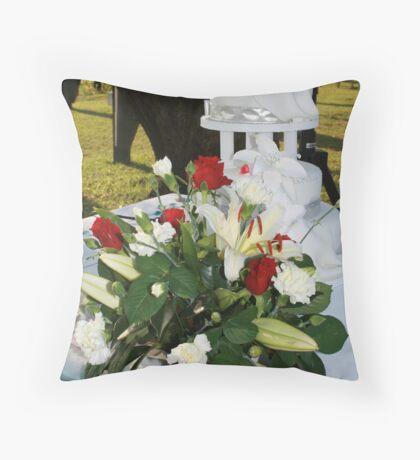 The Cake/ Flower arrangement Throw Pillow
