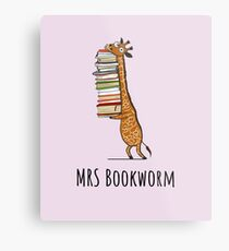 Funny Giraffe Holding a Stack of Books - Mrs Bookworm - Book Lover Gift, Phones Cases And Other Gift Metal Print