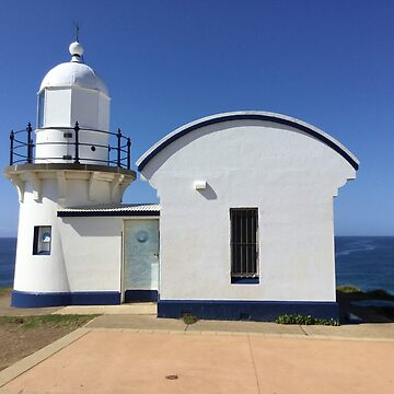 Tacking Point Lighthouse by ecoeye