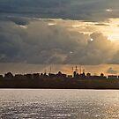 Alta Vista Sun Beams by Jase036