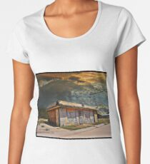 Jackson Mississippi Sky looms over McLean Texas Premium Scoop T-Shirt
