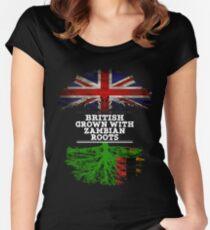 Briten gewachsen mit Sambian-Wurzel-Geschenk für Sambian von Sambia - Sambia-Flagge in den Wurzeln Tailliertes Rundhals-Shirt