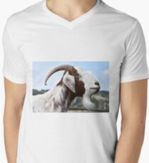 Goat Animal Pet Men's V-Neck T-Shirt