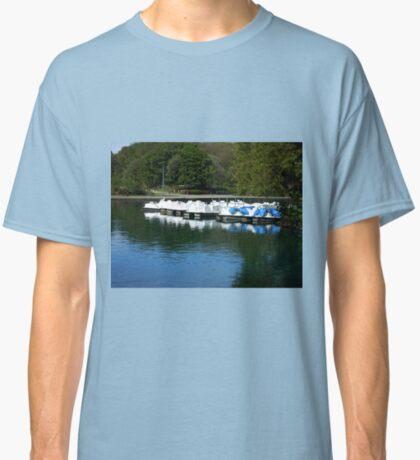 Boote - South Marine Park, Südschilder Classic T-Shirt
