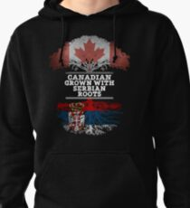 Canadien cultivé avec des racines serbes cadeau pour serbe de Serbie - drapeau de la Serbie dans les racines Sweat à capuche