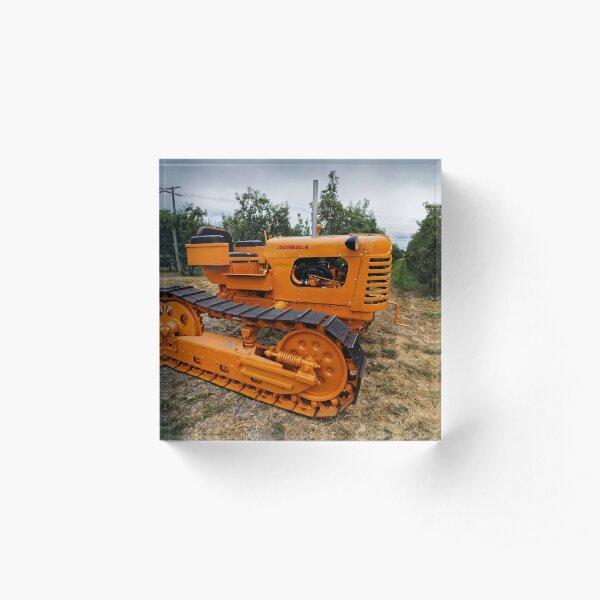 Oliver OC-4 Caterpillar Tractor Acrylic Block