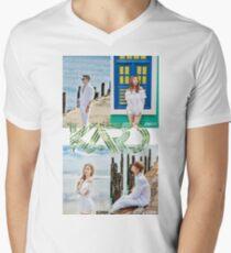 Kard holahola Men's V-Neck T-Shirt