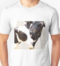 sisters love Unisex T-Shirt