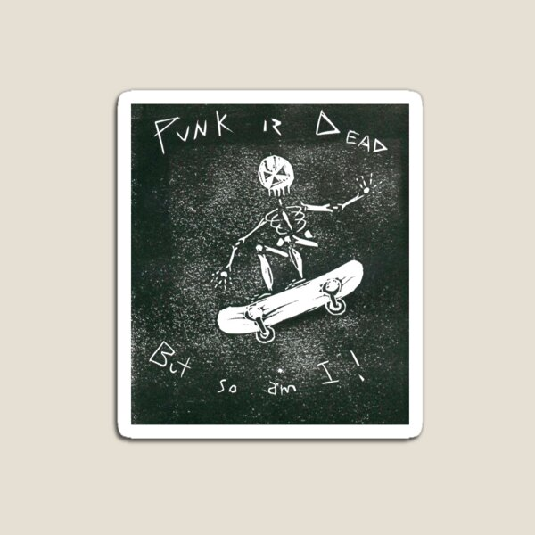 Punk is dead Magnet