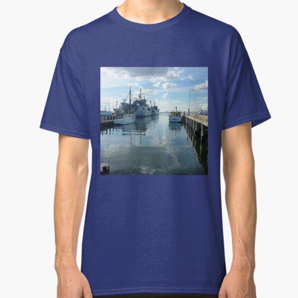 *Williamstown Docks* Victoria. Classic T-Shirt Unisex Tshirt