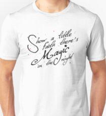 Magic in the night - black text Slim Fit T-Shirt