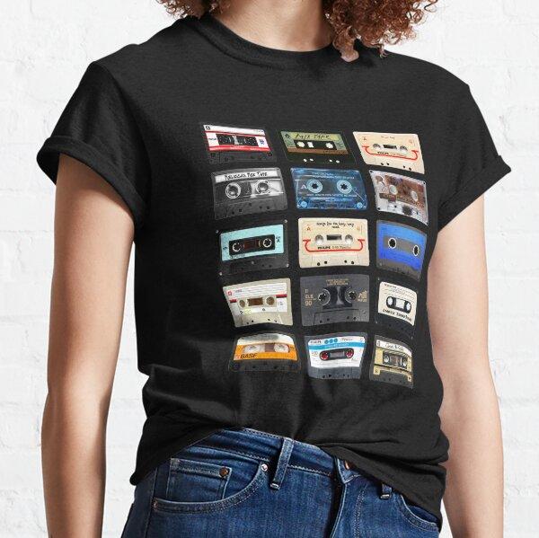 mais pas oublié. Beaucoup d'entre nous doivent notre jeunesse à ces cartouches en plastique. T-shirt classique