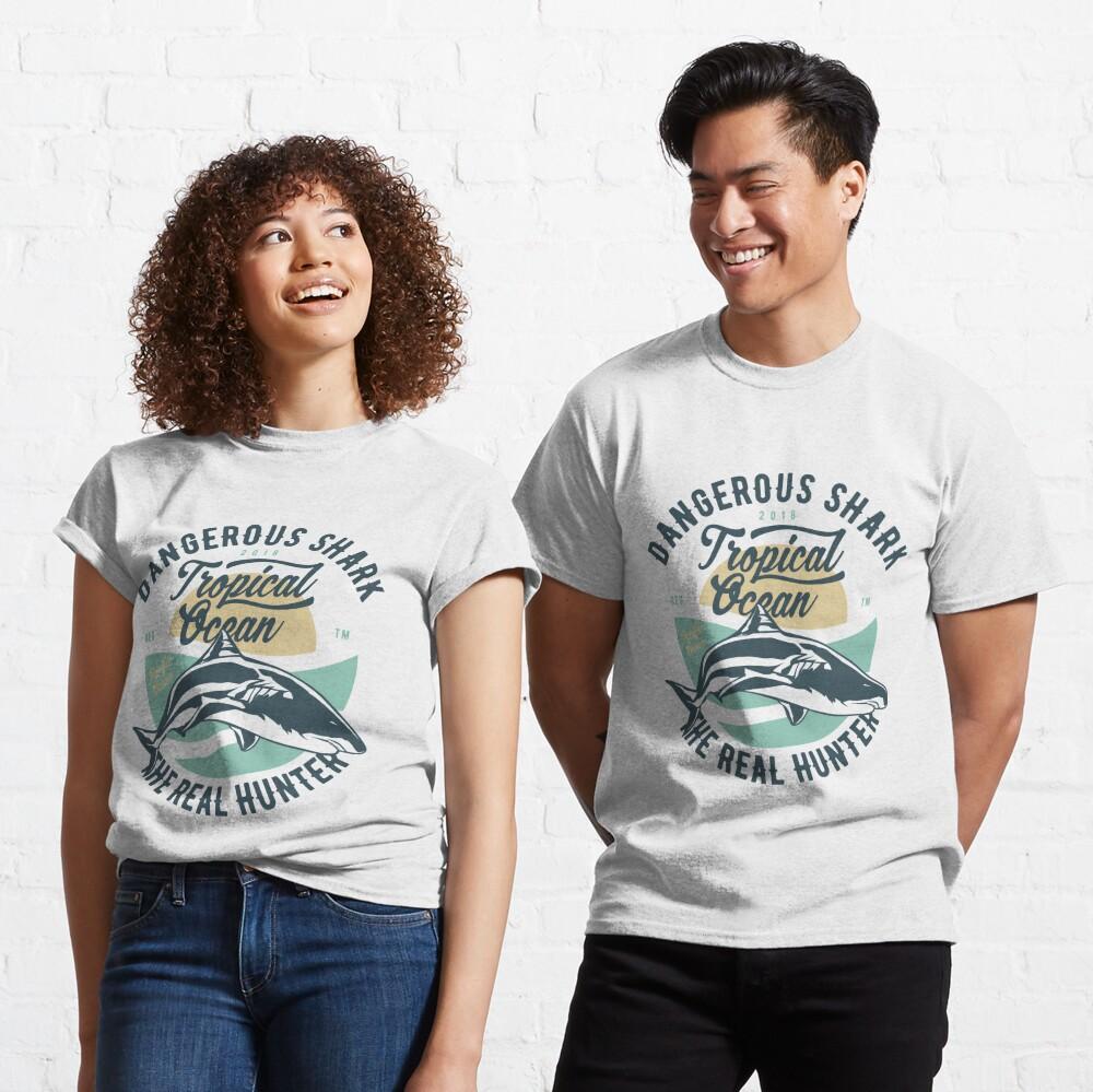 Dangerous Shark Real Hunter T-shirt Classic T-Shirt