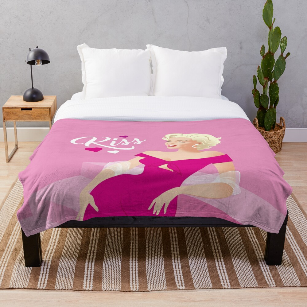 Marilyn Kiss Throw Blanket