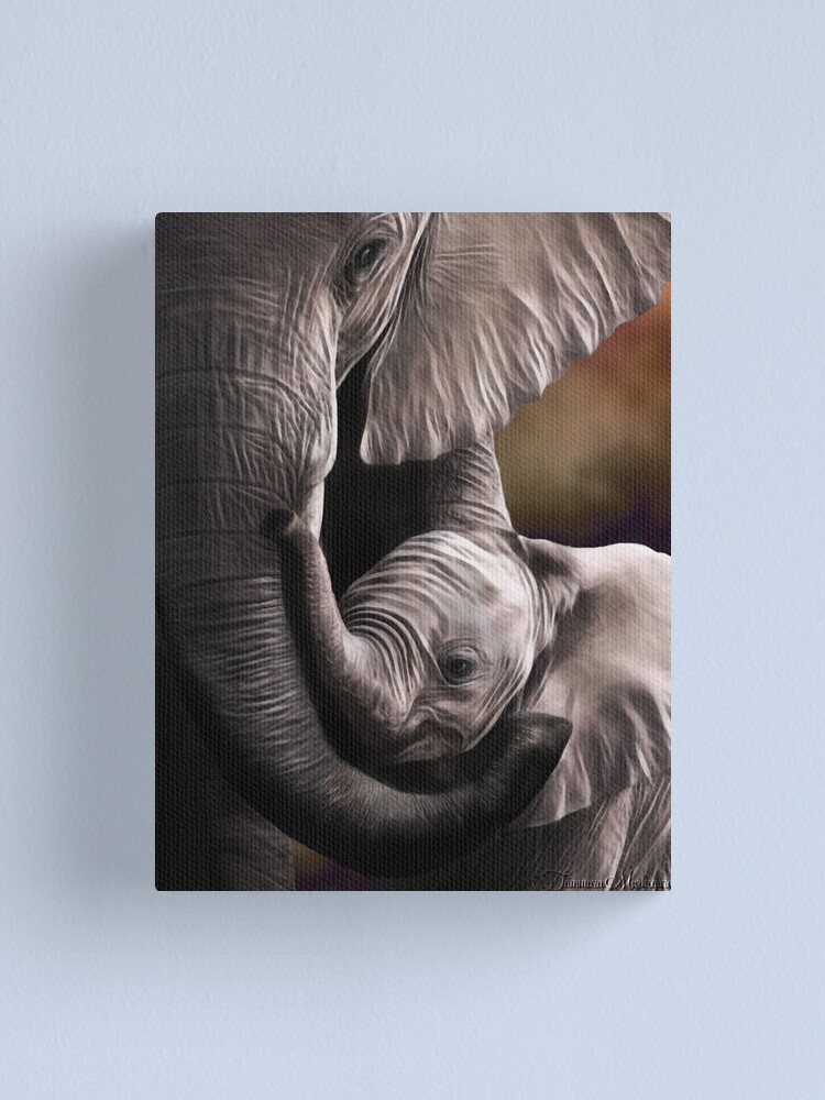 Alternate view of Suah Canvas Print