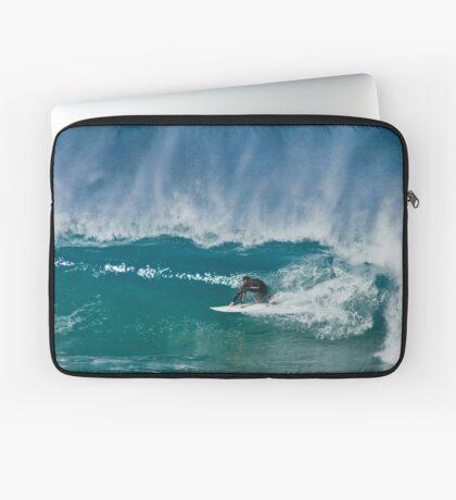 Close Out - Maroubra Beach - Sydney - Australia Laptop Sleeve